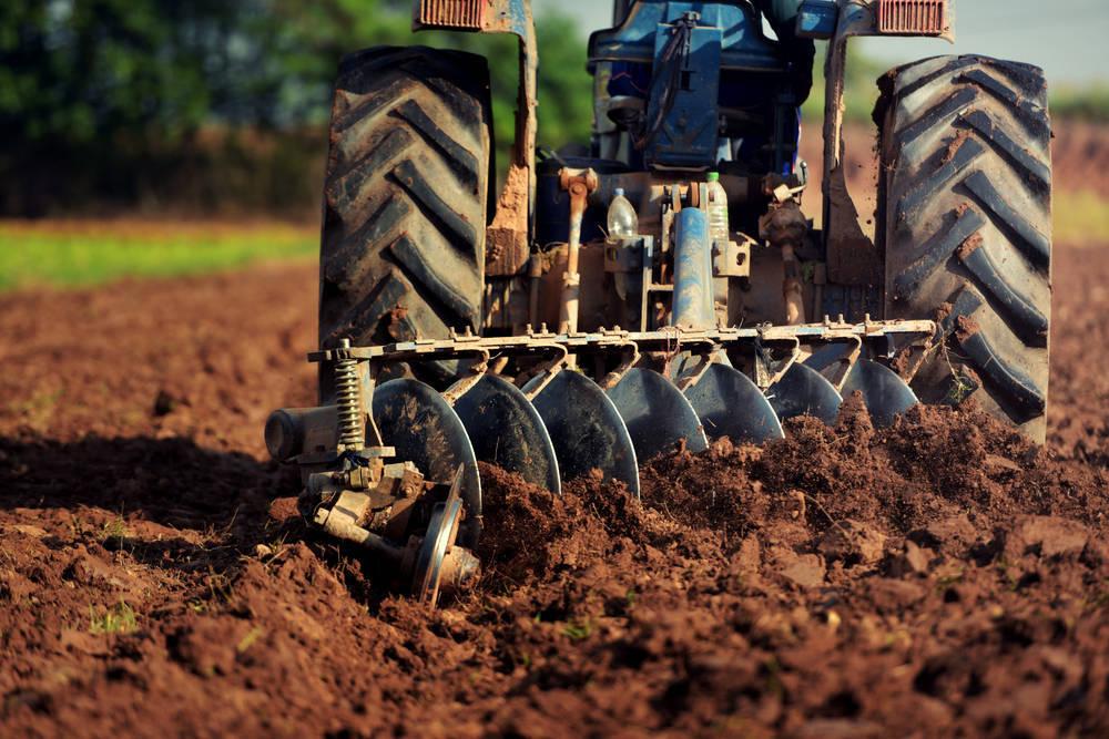 Lo que no puede faltar en la industria ganadera y agricultora